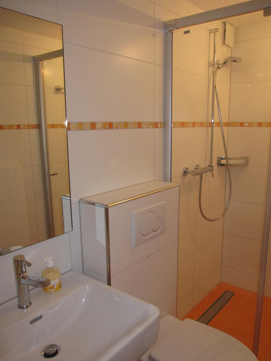 bad badezimmer marco verona keramische bel ge st gallen plattenleger fliesenleger. Black Bedroom Furniture Sets. Home Design Ideas